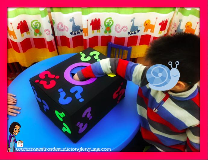 Juego la caja de las sorpresas maestros de audici n y for Actividades con cartulina para ninos